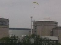 Protest group issued pictures of aircraft flying over the Bugey plant - Photo: Greenpeace
