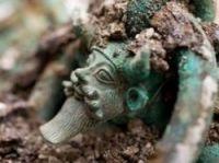 One of the heads of Acheloos – Photo: © Denis Gliksman, Inrap