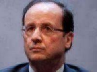 French President François Hollande fights back over Sunday work plan
