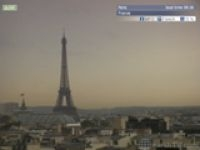 The storm approaches the Eiffel Tower - Screengrab: Earth TV