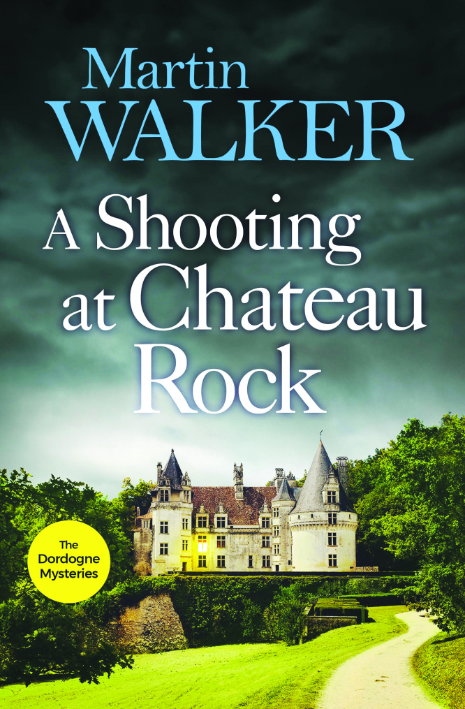 A Shooting at Chateau Rock - Martin Walker