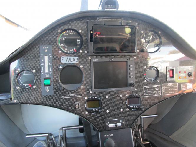 """Dashboard of Electric plane """"Pipistrello"""""""