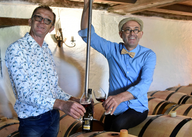 Laurent and Jean-Michel with Berligou barrels. Uncredited