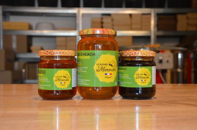 Jars of Le Rucher du Marandou honey. Photo by Jane Hanks.