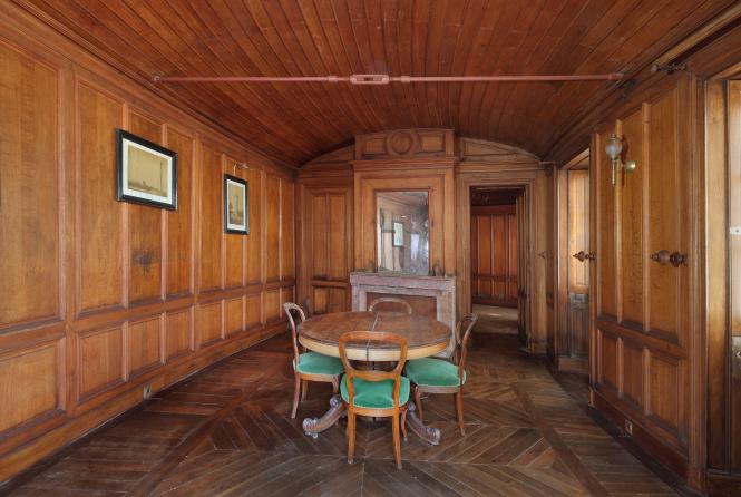 Oak paneling