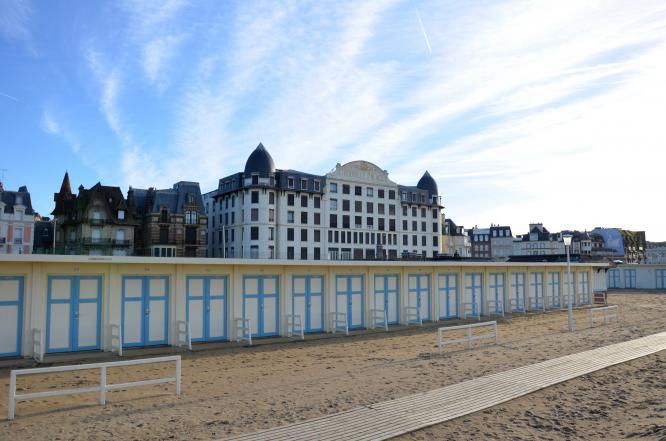 Seafront villa. Photo (c)Kevin THIBAUD - OT Trouville-sur-Mer