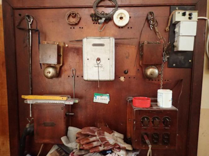 The old railway station at Gabian: original station telephone.