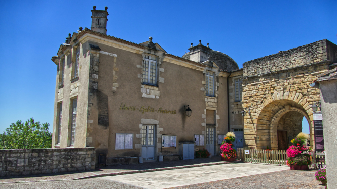 The town hall (mairie) of Duras, France