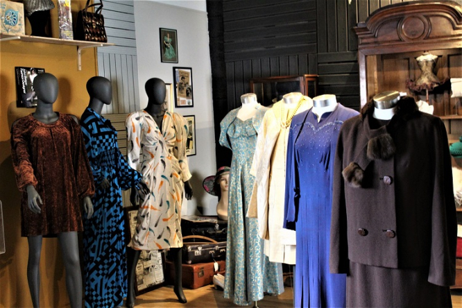 British Couple Sets Up Fashion Museum In France