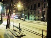 Snow lies deep in the centre of Paris – Twitter photo-Rod Janois