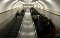 Forget SNCF's wide trains… Now, the escalators on Paris Metro are too wide