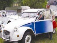 Citroën 2CV marks 60th anniversary