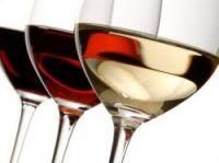 Wine drinking is down - Photo: chiyacat - Fotolia.com