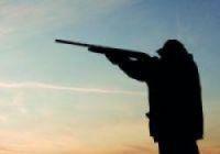 Deaf hunter shot two men