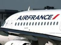 Strike hits half of Air France flights