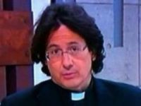 Alonso looks like a long-haired Hollande
