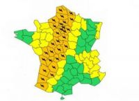 Météo France has put 32 departments on orange alert for storms today