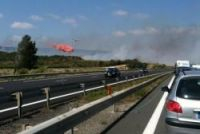 A9 motorway closed near Narbonne as fire destroys 400ha of scrub land