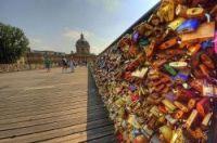 Love locks on Paris's Pont des Arts