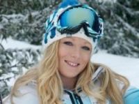 Emily Sarsfield trains with the French Olympic ski team at Meribel