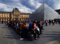 The Louvre expects to increase prices linked to renovations of its pyramid