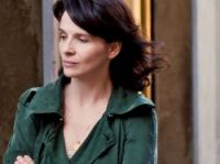 With an Oscar and a Cannes best actress, Juliette Binoche could take Hollywood by storm