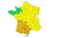 Further weather warnings in 19 departments after storms wreak havoc in west France