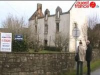 The wrecked manse at Larmor-Baden - Screengrab from Ouest-France