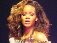 Illegal Rihanna downloads cost man 150 euro fine - Photo: Chris B