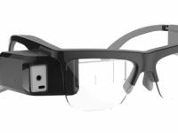 Hi-tech specs to watch French theatre in English