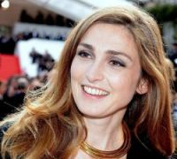'Why are the SNCF on strike?' is most searched question, while presidential mistress Julie Gayet top