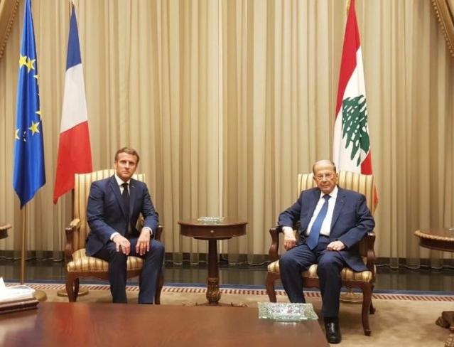 French President Emmanuel Macron with Lebanese President Michel Aoun