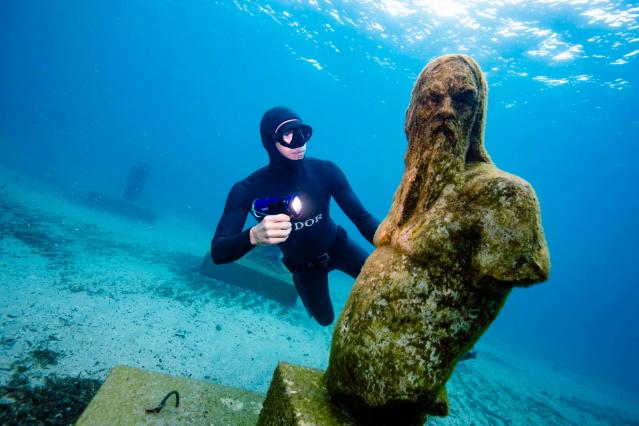 Marseille's underwater sculptures