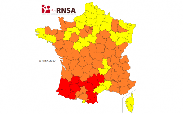 Map image of France coloured yellow, orange and red