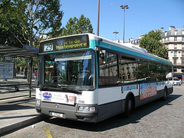 Morar em Paris: Ônibus