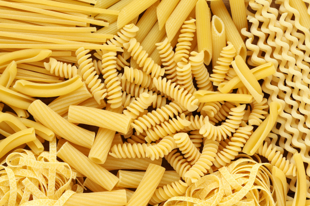 Different types of dried pasta