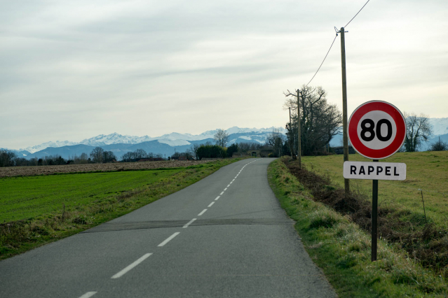 Speed limit sign in France