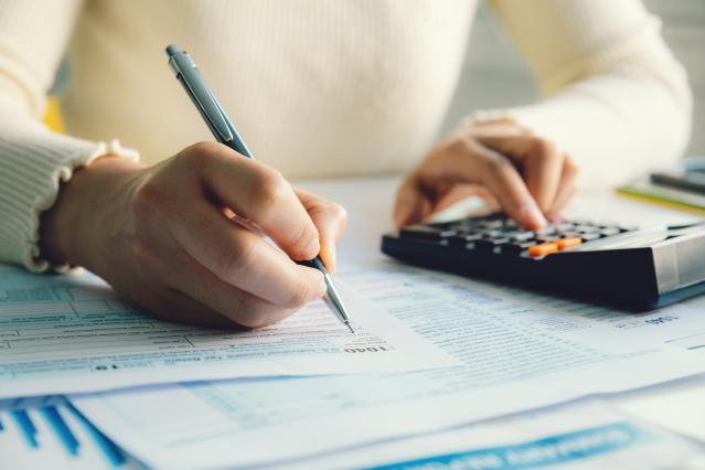 Tax return France