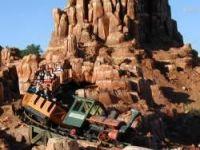 Big Thunder Mountain train came off tracks