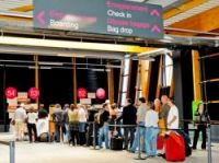 Angry travellers using Bordeaux's new Billi terminal say it is a disgrace to rest of airport