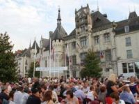 The feast outside the mairie has become an annual tradition