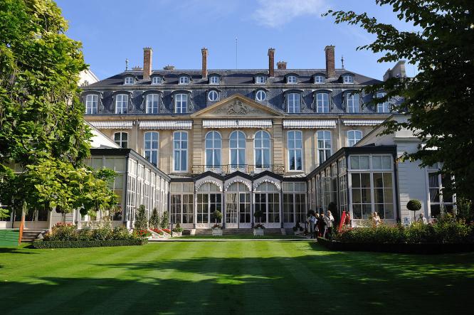 The Hôtel de Charost