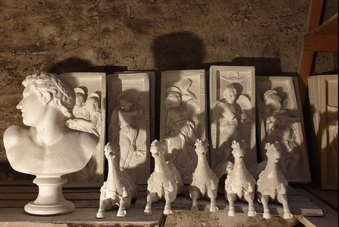 An image of some of the statues and sculptures in Atelier Lorenzi's collection