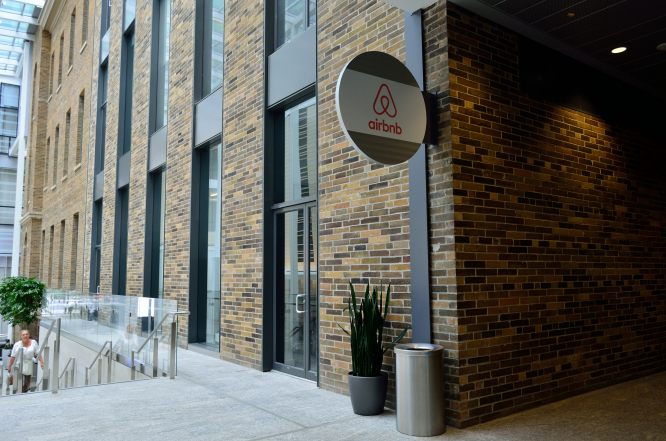 Airbnb office. €15,000 fine for Paris Airbnb landlord upheld by court