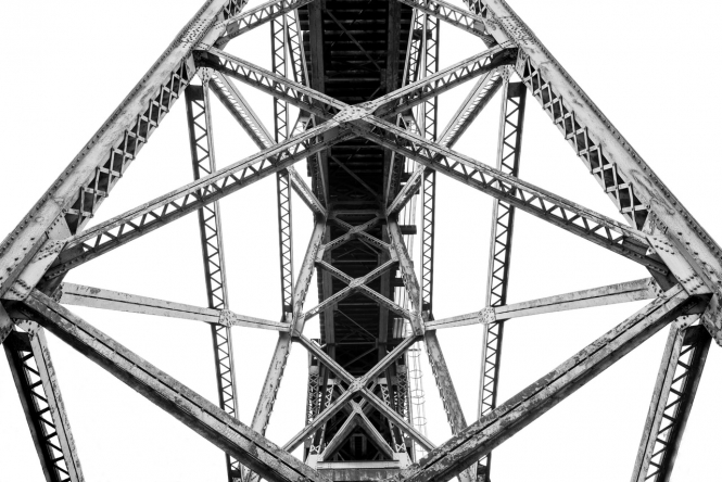 A view into a bridge structure. Bridges in France: Major work needed to ensure safety