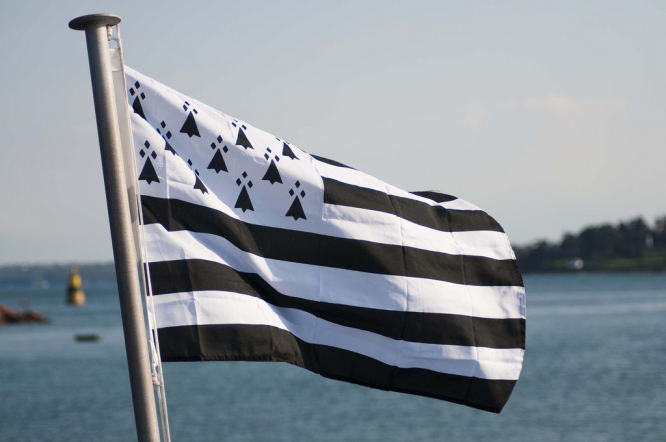 The Breton flag. Coronavirus: which parts of France are seeing more cases?