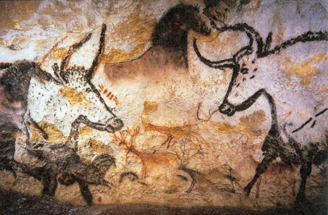 A photo of the Lascaux drawings of animals on the cave wall. French Lascaux caves 'doing well' 80 years after discovery