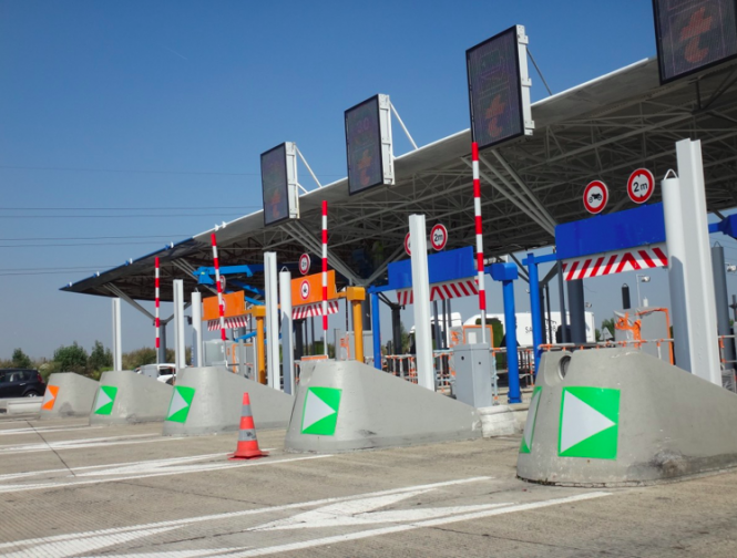 Motorway toll booths. What's changing in France in February 2021?