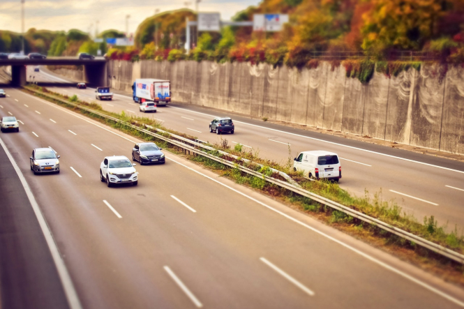 Cars on a motorway. Potential changes in UK quarantine rules may open up a pathway for travellers from the UK to visit France with no quarantine restrictions.
