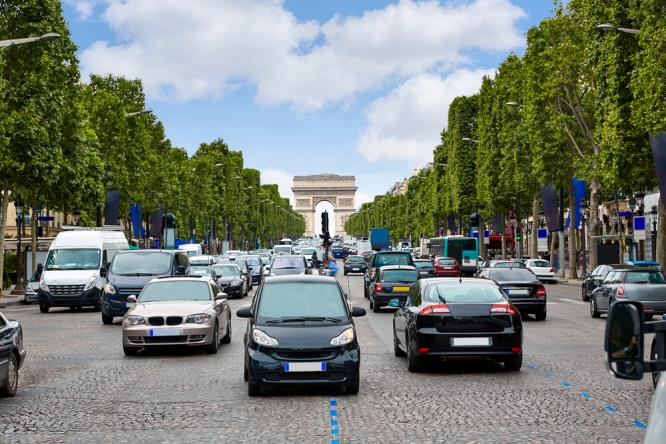 Cars in Paris.  Paris speed limit set to 30kph across most of capital